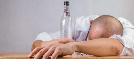 Características de las personas adictas al alcohol