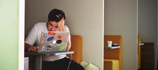 ¿Cómo afecta al estrés a las personas que trabajan de cara al público?