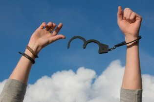 Dependencia emocional; cómo identificarla y solucionarla