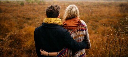 ¿Por qué sentimos más afinidad con ciertas personas?